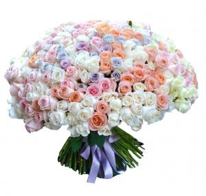 301 rožė - Gėlių pristatymas į namus Vilniuje