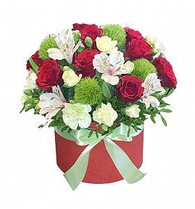 Gėlių dėžutė Madam - Gėlių pristatymas į namus Vilniuje