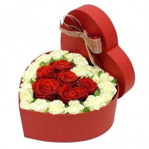 Meilės širdis - Gėlių pristatymas į namus Marijampolėje